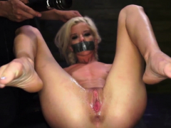 Aggressive  gang-bang bday Halle Von is in town on